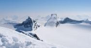 Utsikt mot Storebjørn (2222 moh) (Foto: Cathrine Christiansen)
