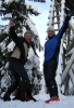 Dagens LT-tur: Ragnhild (t.v.) og turleder Nina, 704 meter over havet