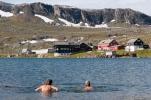 Sommerens siste bad? (Foto: Rine Grue Carlsen)