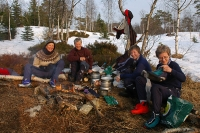Bålkos. Frå venstre: Beate, Ragnhild, Nina og Kristin. Foto: Rine G. Carlsen