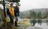 Nina og Ragnhild med utsikt over Børtervann. Foto: Rine G. Carlsen